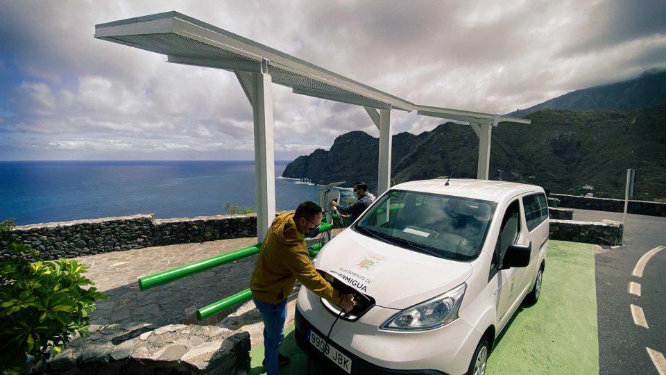 Hermigua rehabilita y moderniza el punto de recarga del Mirador de La Punta